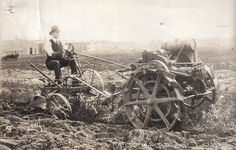 Unknown Orphan Tractor Pictures - SmokStak