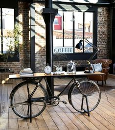 Black Metal and Mango Wood Industrial Bicycle Console Table Bicyclette on Maisons du Monde. Industrial Style Furniture, Industrial Interior Design, Cafe Interior Design, Cafe Design, Metal Furniture, House Design, Industrial Metal, Industrial Lamps, Industrial Kitchens