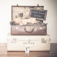 Creative Bella Newborn // suitcase // vintage // boy // sunshine coast photographer