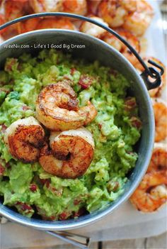 Cajun Spicy Shrimp Guacamole - Simple Healthy Recipes for Weight Loss - WEENII