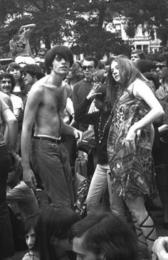 refresh ask&faq archive theme Welcome to fy hippies! This site is obviously about hippies. There are occasions where we post things era such as the artists of the and the most famous concert in hippie history- Woodstock! Hippie Peace, Hippie Love, Hippie Bohemian, Hippie Style, Bohemian Style, Beatles, Youth Culture, Pop Culture, Woodstock Hippies