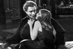 Conrad Veidt and Olga Baclanova in The Man Who Laughs 1928