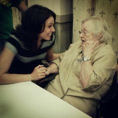 Lana Parrilla meeting Pat Carroll (voice of Ursula) at Spooky Empire, June 1, 2014