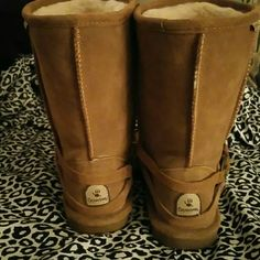 Chestnut bearpaws! Worn only a couple times it is just too hot where I live now! So cute with the little braid around. Very comfortable & warm boots :) bearpaw Shoes Winter & Rain Boots