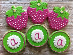 Cutest cookies!! Giveaway prize at AnnaDesignCo!!