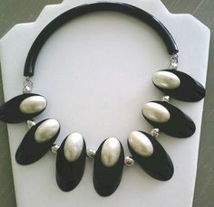VTG JUDITH HENDLER 1980's Black & White LUCITE Collar NECKLACE #JudithHendler #Collar