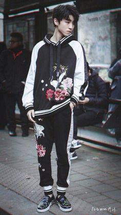 Looks great asian boys cute korean fash Cute Korean Fashion, Korean Fashion Winter, Korean Fashion Dress, Korean Street Fashion, Korean Outfits, Asian Fashion, White Fashion, Seoul Fashion, Korea Fashion