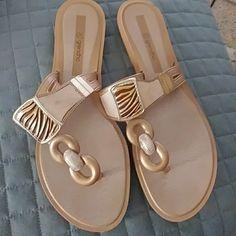b301cb3bd64f29 Flip-flop online Grendha Aisha Women s thong