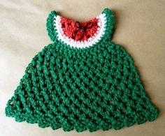 Este primoroso vestido me recuerda los colores de la sandia y viene con su patrón.