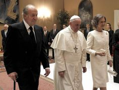 28 April 2014 King Juan Carlos I and Queen Sofia of Spain with Pope Francis at the Vatican