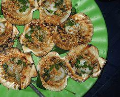 Saigon Street Food - Scallops ... ugh gimme.