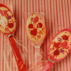 Choc dipped spoon with candy hearts! Fun handouts.