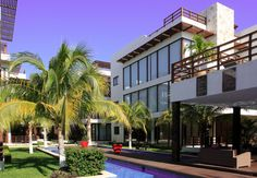 #Akoya Sun, beach and luxury! It is located in the heart of the Mayan Riviera and in the Mexican Caribbean, in a mystical place called #PlayaDelCarmen. A fascinating place which attracts tourists from all over the world for its warm atmosphere, its relaxing and Bohemian nights that focus on its main street: 5th Avenue. Enjoy the condos, golf course and spa! #MexicoLuxuryProperties #RealEstate #Realtor #RealEstateAdvisor #VacationRentals #LuxuryVacations #LuxuryProperties
