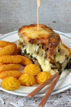 Spenótos-gombás rakott hús - Kifőztük Hamburger, Food And Drink, Ethnic Recipes, Burgers
