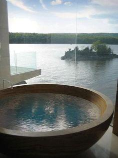 Loving these incredible bath tub at the lake house