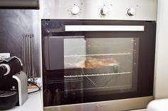 Cucina attrezzata con forno tradizionale ed a microonde, frigorifero, congelatore, lavatrice e lavastoviglie