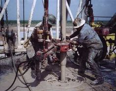 Roughnecks clean oil-drilling equipment so that the oil keeps flowing. They also repair equipment, move pipes and guide cranes to move heavy loads. Find out what they make. Oilfield Trash, Oilfield Wife, Oil Rig Jobs, Petroleum Engineering, Company Job, Drilling Rig, Oil Industry, Crude Oil, Oil And Gas
