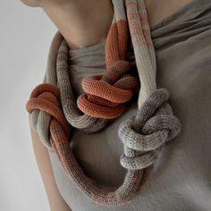 Okapi Knot Necklace