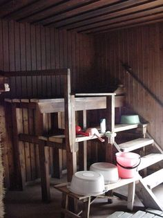 An old traditional Finnish sauna. with all the traditional buckets too! Finnish Sauna, Sauna Room, Good Old Times, Small Buildings, Saunas, Cozy Place, Painted Doors, First Home, Play Houses