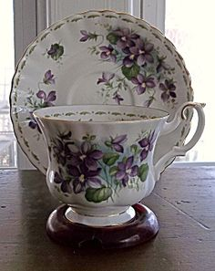 Royal Albert Flower of the Month Teacup February Violet. Click on the image for more information.