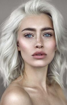 70 Ideas Eye Makeup Blue Eys Blonde Hair Freckles For 2019 Hair Color Blue, Blonde Color, Cool Hair Color, Hair Colors, Eye Color, Blonde Hair Freckles, Dyed Blonde Hair, Blonde Hair Blue Eyes Makeup, Pelo Color Azul