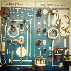 Check-up #triumph #triumphbonneville #lisboa #lisbon #portugal