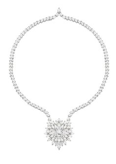 Necklace in 18K white gold set with 135 marquise-cut diamonds and one cushion-cut diamond.