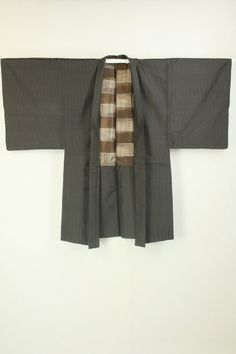 Dark Brown Long Haori, Weaved Lattice Pattern / こげ茶地 織りの格子柄 長羽織   #Kimono #Japan http://www.rakuten.co.jp/aiyama/