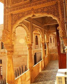 Mandir Palace Balcony- inspiration for mandir room in home