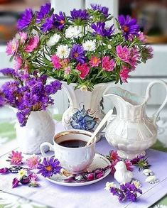 Coffee Time, Morning Coffee, Tea Time, Good Morning, Coffee Flower, Morning Flowers, Turkish Coffee, Tea Party, Green
