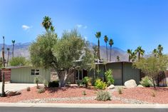 Sunrise Park, 1958 Palmer & Krisel-designed home built by the Alexander Construction Company, Palm Springs, CA Sunrise Park, Space Age, Palm Springs, Building A House, Mid-century Modern, Pergola, Mid Century, Outdoor Structures, Construction