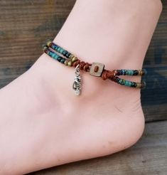 Beaded Leather Wrap Anklet For Women Ankle Bracelet Seed Bead Leather Wrap Ankle Bracelet Bohemain Jewelry Mens Leather Bracelet Unisex Ankle Bracelets, Silver Bracelets, Jewelry Bracelets, Bracelet Charms, Silver Ring, Making Bracelets With Beads, Jewelry Making, Beaded Anklets, Beaded Jewelry
