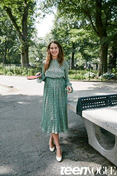 Lola Kirke tells us all about her new movie while modeling casual and cute fall outfits—Table Tennis Ace