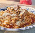 Κοτόπουλο με βίδες και σάλτσα γιαουρτιού μουστάρδας | Συνταγές - Sintayes.gr Macaroni And Cheese, Grains, Rice, Ethnic Recipes, Food, Mac And Cheese, Essen, Meals, Seeds