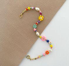 Seed Bead Jewelry, Bead Jewellery, Cute Jewelry, Beaded Jewelry, Boho Jewelry, Gemstone Jewelry, Jewelery, Jewelry Design, Diy Beaded Bracelets