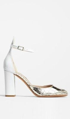 White and Gold Pump.