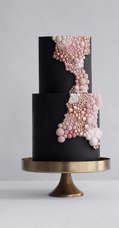 Frosted, naked, square, round, cakes that make us dance around! Asterisk couples can gain inspiration from these beautiful wedding cakes! Black Square Wedding Cakes, Unique Wedding Cakes, Unique Cakes, Beautiful Wedding Cakes, Gorgeous Cakes, Wedding Cake Designs, Pretty Cakes, Cute Cakes, Creative Cakes