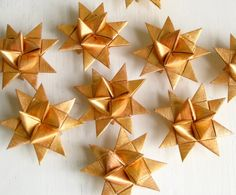 Christmas stars gold origami.