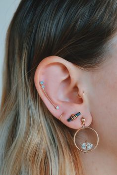 Ear full of Lili Claspe. Shop here! – Ear full of Lili Claspe. Shop here! Ear full of Lili Claspe. Shop here! Full Ear Piercings, Cute Piercings, Body Piercings, Ear Jewelry, Cute Jewelry, Body Jewelry, Jewelry Accessories, Jewellery, Schmuck Design