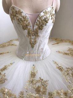 Tutu Ballet, Ballerina Tutu, Tutu Costumes, Ballet Costumes, Dark Fantasy Art, Boris Vallejo, Royal Ballet, Body Painting, White Tutu