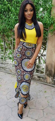 Pictures of our most lovely ankara styles of all time for every beautiful lady out here. Some try these lovely ankara styles African Fashion Designers, African Dresses For Women, African Print Dresses, African Print Fashion, Africa Fashion, African Attire, African Wear, African Fashion Dresses, Ethnic Fashion