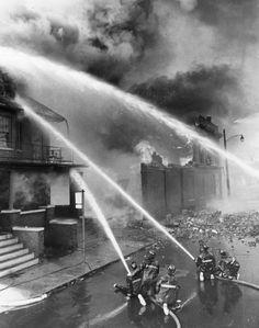 (25991) Riots, Rebellions, Arson, Fire Department, Michigan, Trumbell, 1967