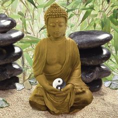 Ein Platz für Meditation - Hier finde ich meine Mitte, meinen Frieden, der mich zur Quelle alles Lebens führt. Buddha mit YinYang Symbol. #Spirit #Poster #Leinwandbild  #Religion #Buddhismus #Yin #bamboo #Bambus #Lotus #Meditation #Zen #asiatisch #Yoga #Harmonie #Gelassenheit #Einklang #Frieden #Liebe #Buddha