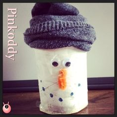 Simple Christmas craft #trh #snowman  Vat på toiletrør klem sammen top som snemand