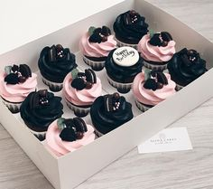 New cake coffee fondant sweets Ideas Fancy Cupcakes, Baking Cupcakes, Wedding Cupcakes, Birthday Cupcakes, Cupcake Cookies, Cupcake Recipes, Cupcake Ideas, Birthday Parties, Decoration Patisserie