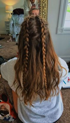hair inspo Summer Camping Hairstyles Braids 20 Ideas For 2019 Camping Hairstyles, Box Braids Hairstyles, Pretty Hairstyles, Hairstyles 2018, Hairstyles Games, African Hairstyles, Side Hairstyles, Long Hair Hairdos, Curly Braids