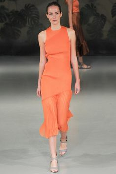 See all the Collection photos from Barbara Casasola Spring/Summer 2015 Ready-To-Wear now on British Vogue Spring 2015 Fashion, Spring Summer 2015, Couture Fashion, Fashion Show, High Fashion, Barbara Casasola, Jaune Orange, Orange Fashion, Fashion Details