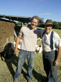 Pete King with Joel Salatin -top notch farmers! Farm Kings, Farm Frenzy, Joel Salatin, Southern Men, Farm Boys, Home On The Range, American Country, Country Farm, Working With Children