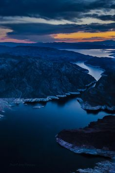 """Hovering over lake Mead by Braulio Cosme"""" Beautiful Photos Of Nature, Beautiful Places, Beautiful Scenery, Wonderful Places, Amazing Places, Lake Mead Nevada, Yellowstone Camping, California Camping, Southern California"""