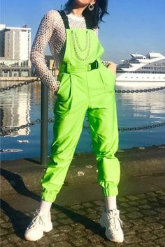 Neon green outfits Winter fashion Tired of winter? Edgy Outfits, Dance Outfits, Fashion Outfits, Crazy Outfits, Aesthetic Fashion, Aesthetic Clothes, Aesthetic Vintage, Neon Green Outfits, Grunge